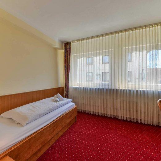 Hotel Restaurant Hessischer Hof Kirchhain - Einzelbett